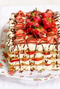 cake icebox strawberry